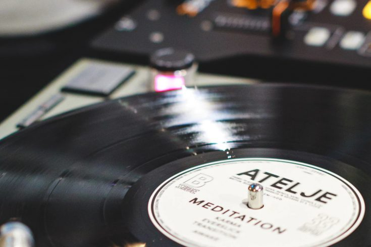 Na jaki gramofon warto się zdecydować?